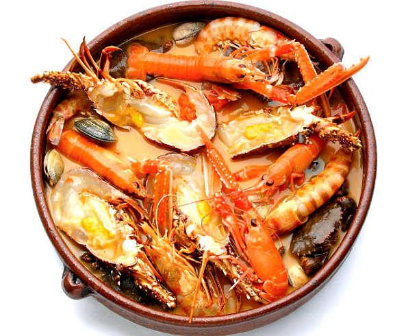 Caldereta gijonesa de pescado y marisco